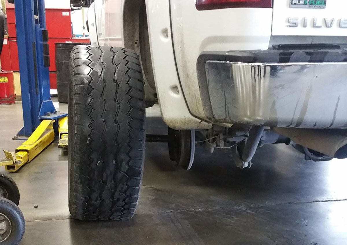 How to check and fill tires
